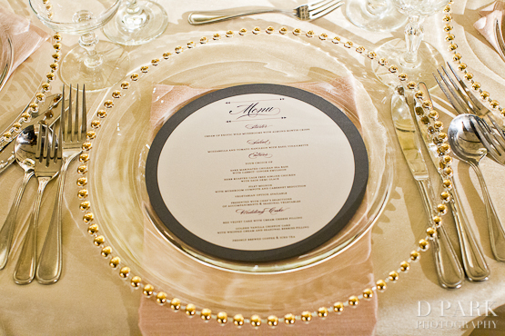 & 12b-creative-white-wedding-table-chargers-setting