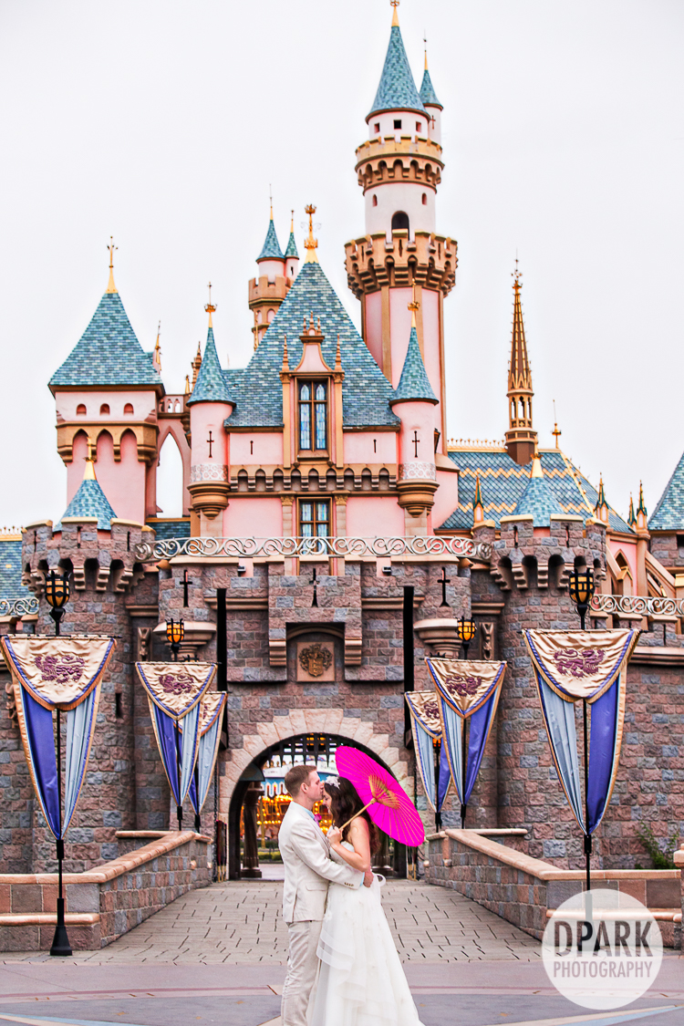 Disneyland Wedding Pictures Celebrity Destination Oc La