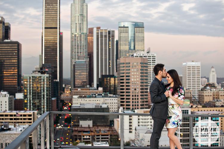destination-city-engagement-photographer