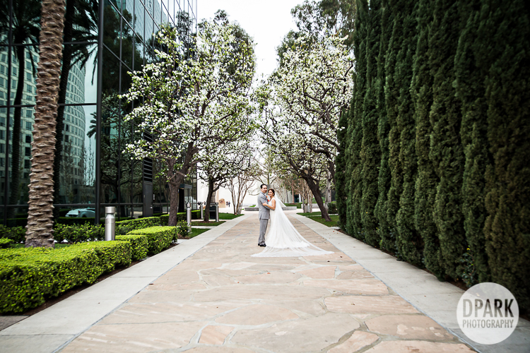 noguchi-garden-mastros-steakhouse-costa-mesa-wedding-photographer
