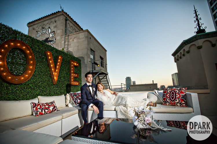 oviatt-penthouse-la-wedding-love-sign