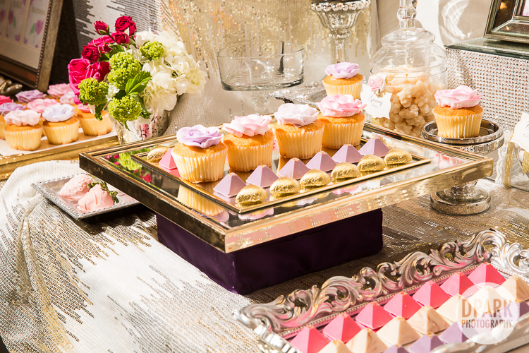 modern chic wedding desserts