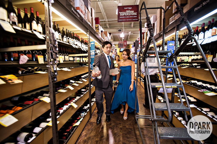 wine-bridal-party-shopping-fun-idea