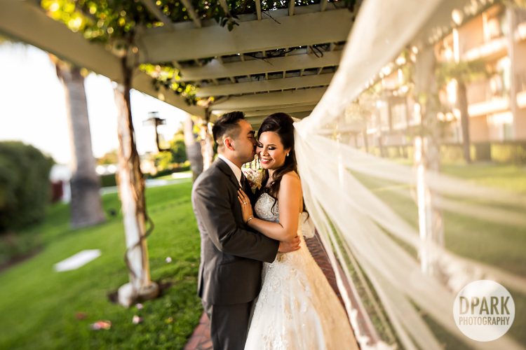 hyatt-regency-nb-wedding-romantics