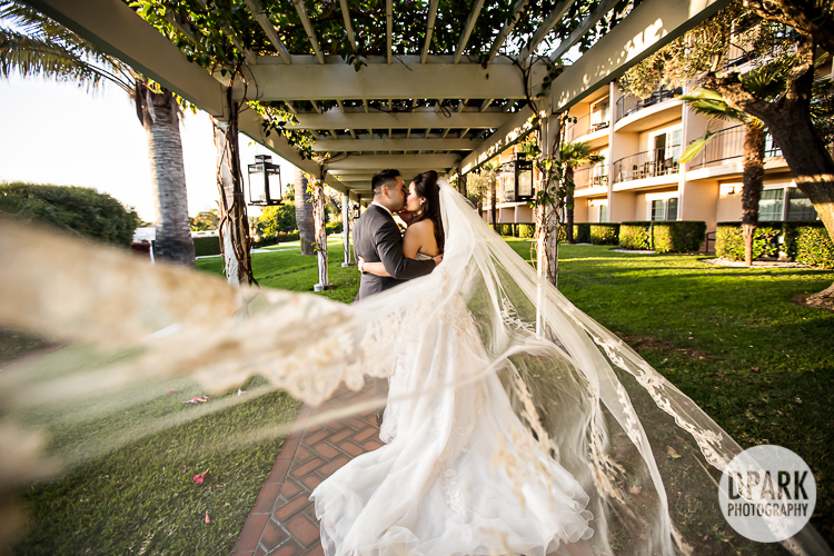 hyatt-regency-nb-wedding-romantic-pictures