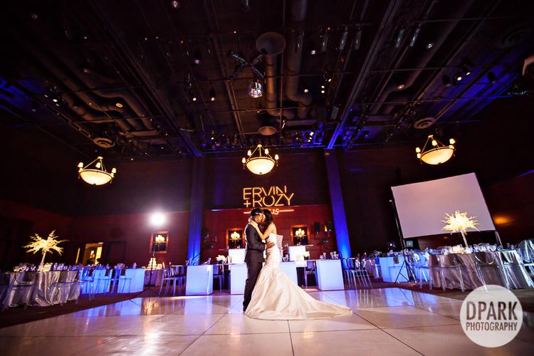 harlyne-j-norris-pavilion-wedding-photographer