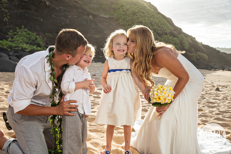 flower-girl-ring-bearer-photo-ideas