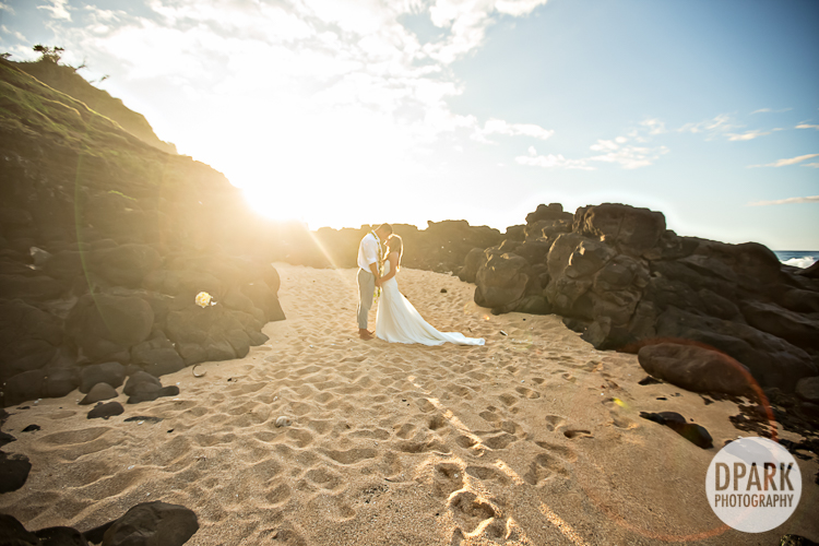 hawaiian-wedding-romantic-photography