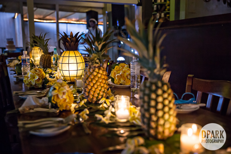 hawaii-pineapple-wedding-reception-decor
