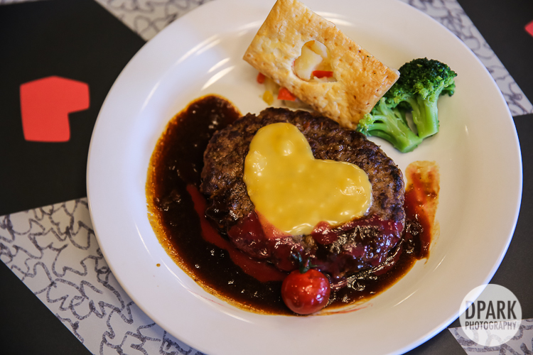 tokyo-disneyland-best-restaurants
