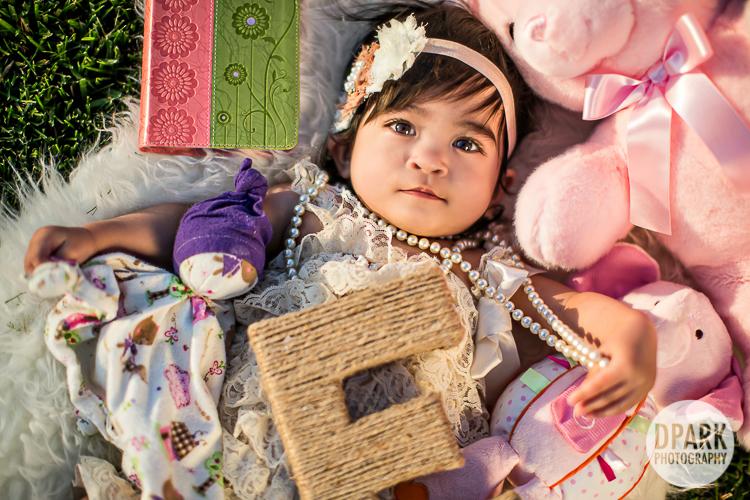 baby-girl-photo-ideas-e-props