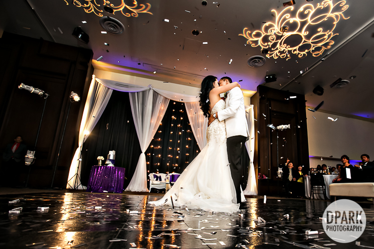 luxury-chino-wedding-photographer-confetti-best-first-dance