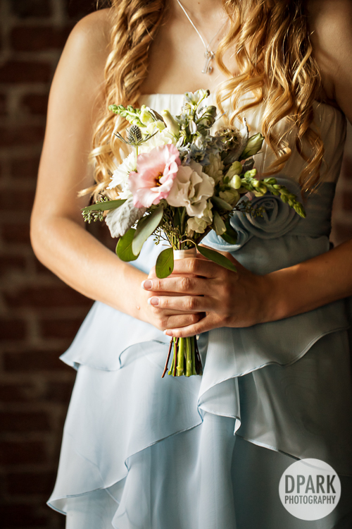 chez-rose-rustic-industrial-wedding-florals