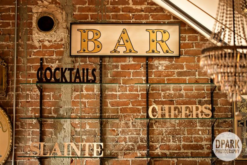 bar-sign-decor-wedding