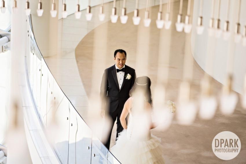 renee-henry-segerstrom-wedding-photographer-first-look