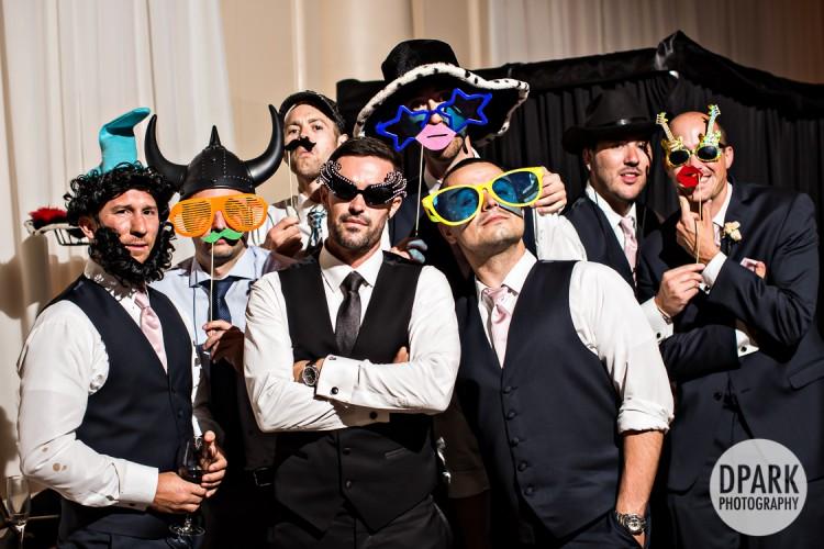best-photobooth-groomsmen-funny-photo