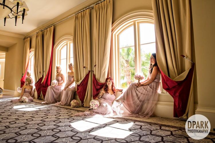 artistic-modern-regal-luxury-elegant-bridesmaid-photo