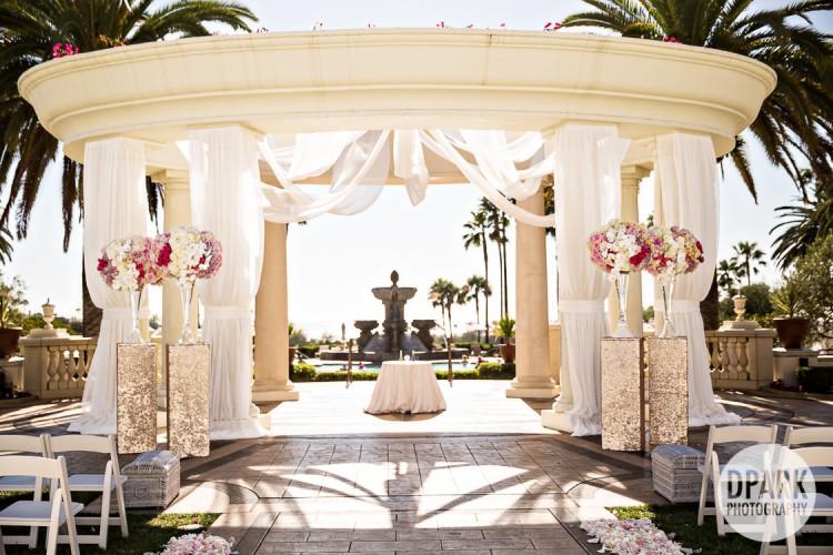 grand-lawn-pavilion-ceremony-romantic-arch