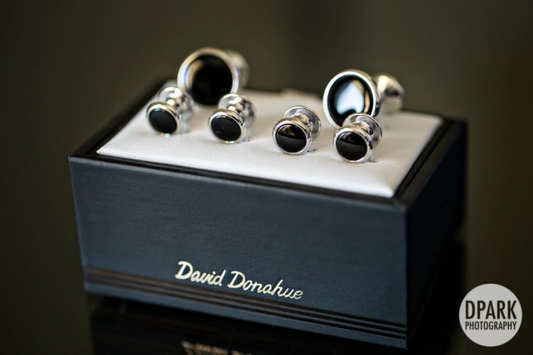 david-donahue-groom-wedding-cufflinks