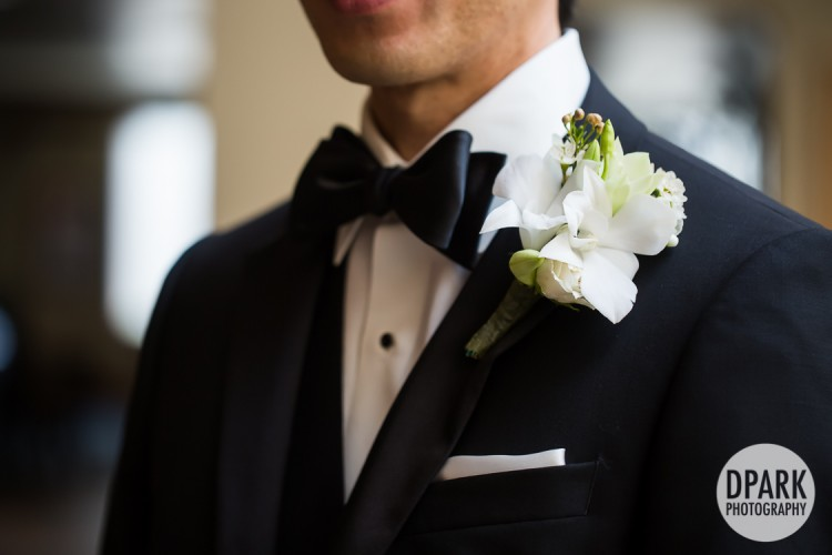 mint-ivory-groom-bouttonniere