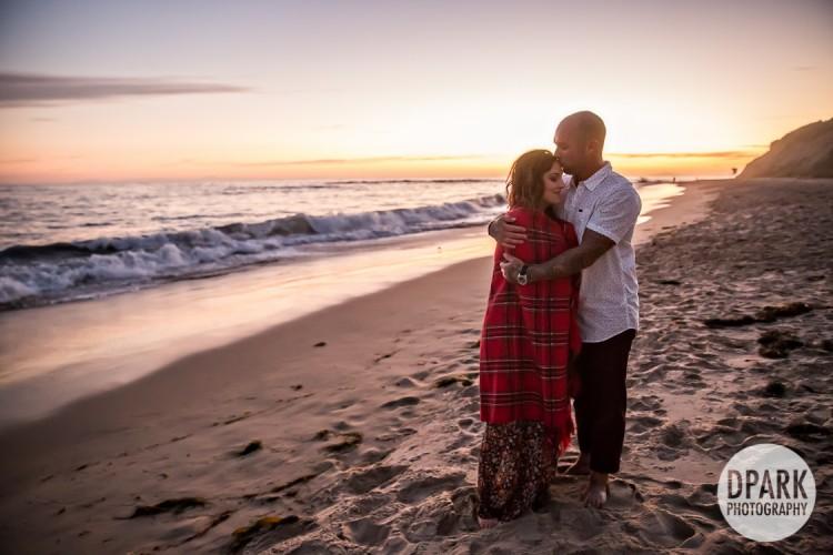 laguna-beach-engagement-photographer-blanket