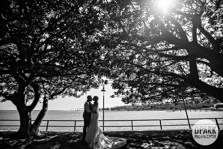 modern-carnival-inspired-wedding-romantics