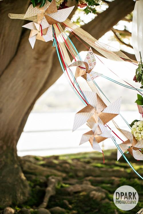 modern-vintage-carnival-wedding-decorations-ceremony
