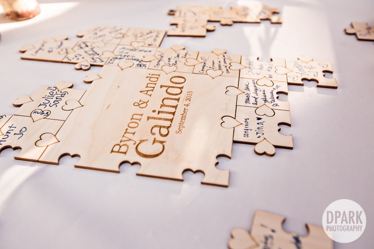 modern-vintage-carnival-wedding-guest-sign-in-puzzle