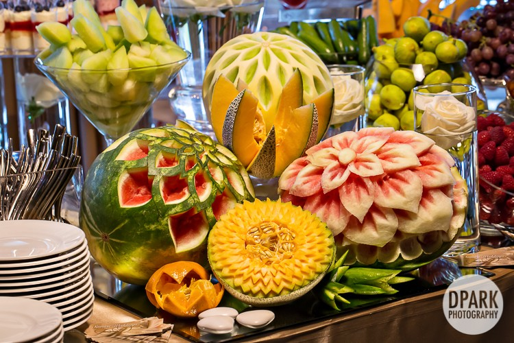 persian-fruit-table-decor