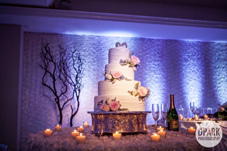 bird-wedding-cake