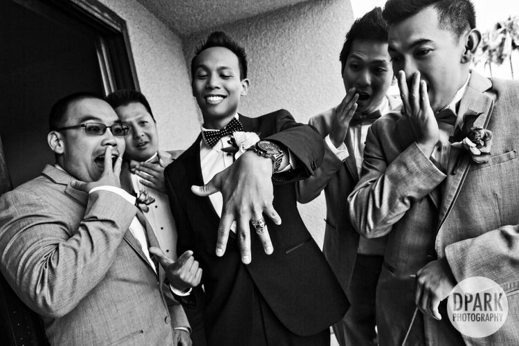 she-put-a-ring-on-it-funny-groomsmen-photos