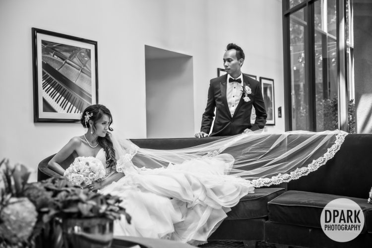 avenue-of-the-arts-hotel-wedding-photographer
