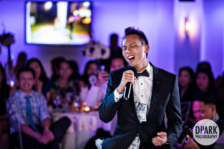 best-groom-karaoke-performance-surprise-gift-to-bride