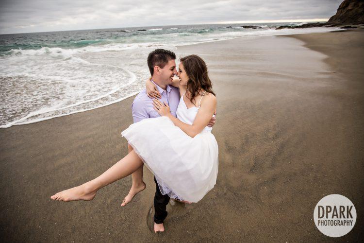 luxury-laguna-beach-engagement-photography