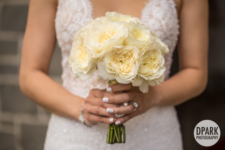 best-hawaiian-bridal-bride-bouquet