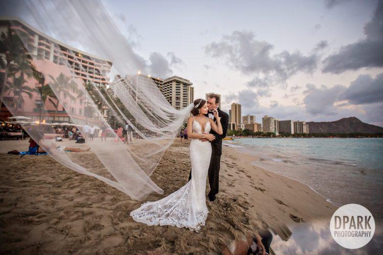 oahu-waikiki-beach-wedding