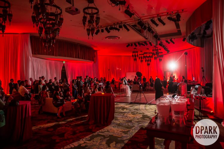 red-hawaiian-glam-wedding-reception-photographer