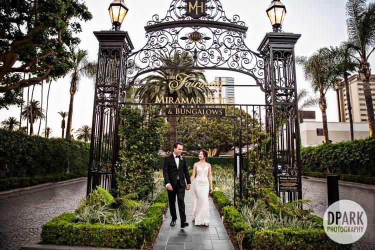 santa-monica-luxury-wedding-ceremony-front-drive