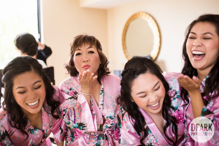 best-mother-of-the-bride-bridesmaid-robe-photos