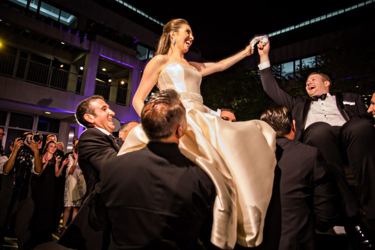 jewish-los-angeles-luxury-wedding-hora-photos