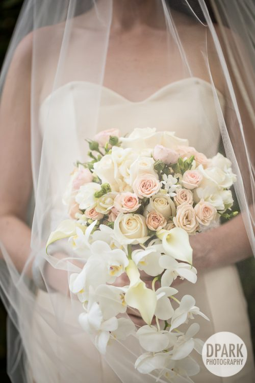 white-cascading-bridal-luxury-bouquet