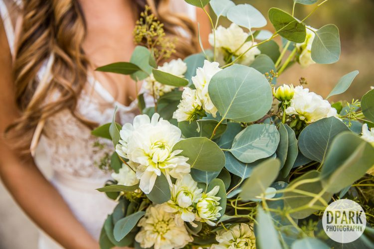 yosemite-national-park-wedding-bouquet-rustic-modern-romantic