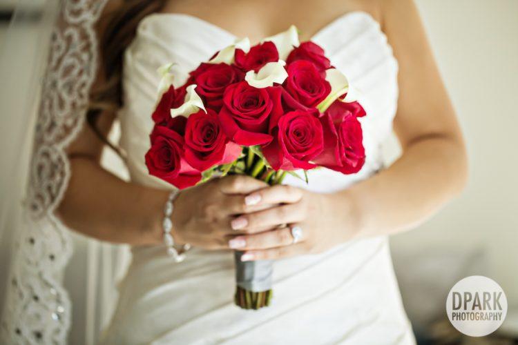 red-white-wedding-bridal-bouquet