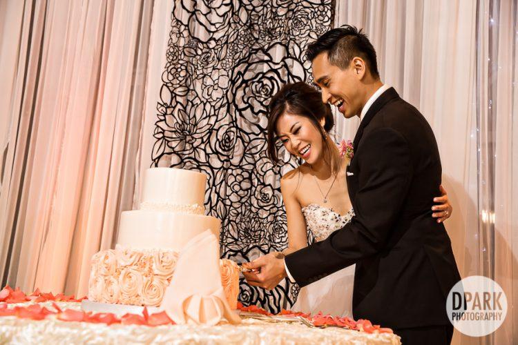 mesa-verde-country-club-costsa-mesa-wedding-cake