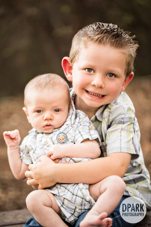 best-baby-brother-photo