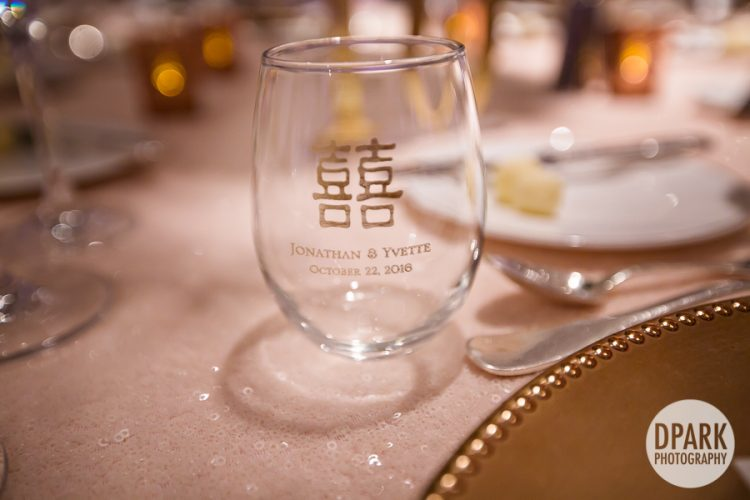 luxury-wedding-san-diego-chinese-glass-favor