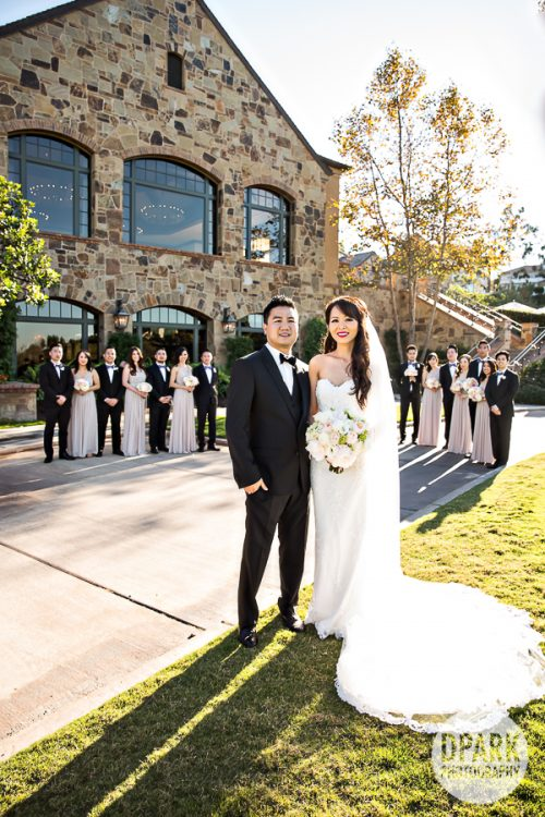 first-look-newport-beach-wedding-romantic-images