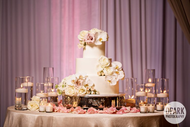 laguna-cliffs-marriott-wedding-reception-cake-pink-ivory