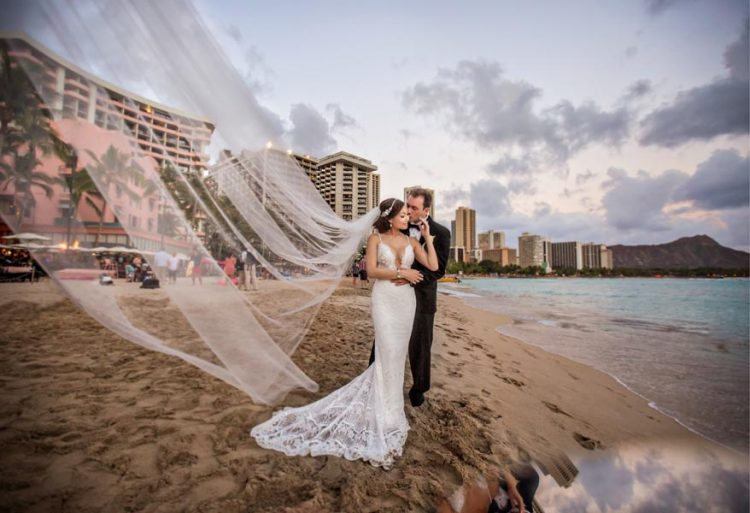 luxury-destination-hawaiian-wedding-videography