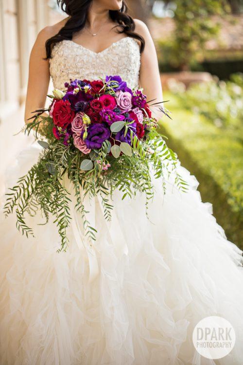 luxury-newport-coast-bride-bouquet